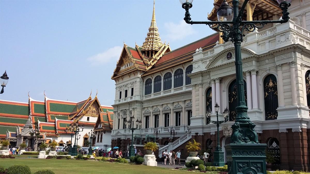 Phra Thinang Chakri Maha Prasat 2