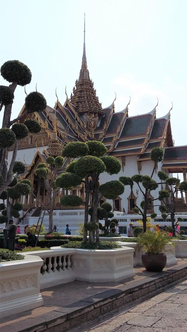 Phra Maha Mothien group
